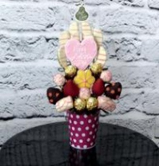 Loving Mama by Fruits in Bloom