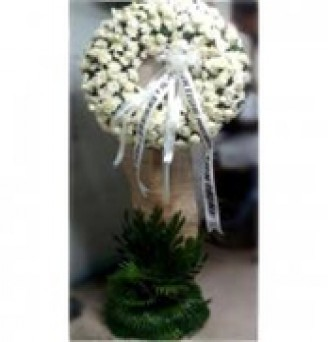 All White Wreath Flowers