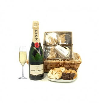 A Cookie and Moet